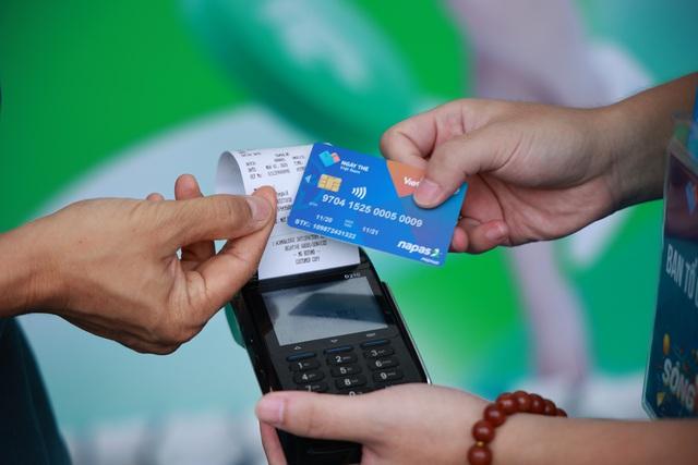Thay đổi hành vi tiêu dùng - tương lai của thanh toán không tiền mặt - Ảnh 3.