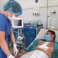 Ca phẫu thuật 8 giờ đồng hồ cứu sống bệnh nhân sốc tim nguy kịch