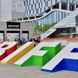 Liên hoan phim quốc tế Busan đã khai mạc